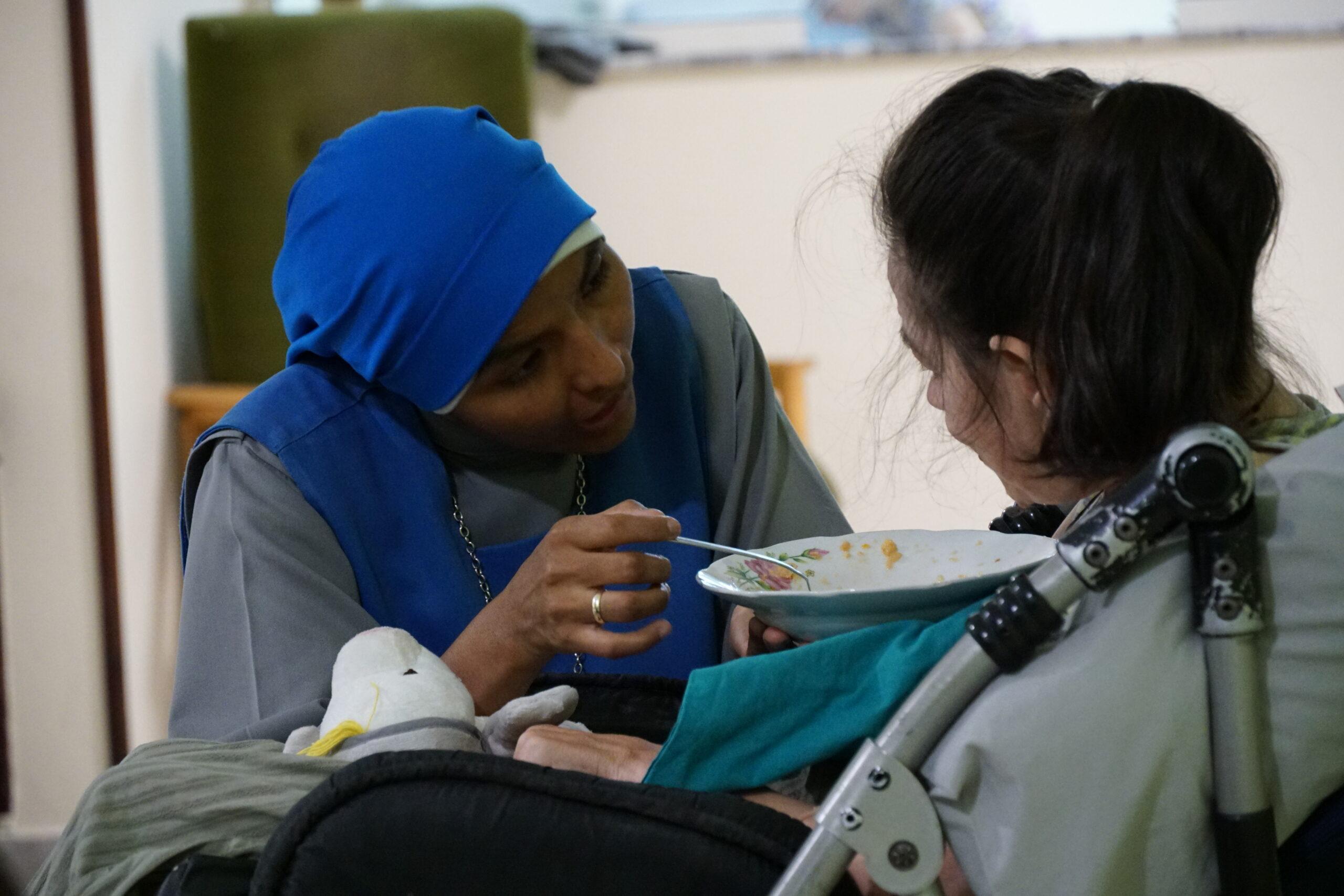 Trabajo de voluntariado social internacional -ALBANIA Tirana Casa para las mujeres discapacitadas